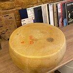 Fotografija – Cheese Wheel Pasta Sarajevo