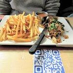 Steak frites (macreuse) accompagné d'une bière en fût