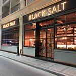 صورة فوتوغرافية لـ Black Salt