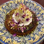 Kunefe dessert