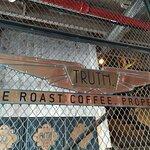 Truth Coffee HQ Foto