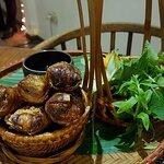 Entree - Hot spring rolls, very fresh & tasty
