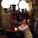 Photo de THE BLACK SWAN pub & shop