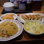 炒飯セット(最近はヤキメシって言わないのかな?)