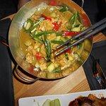 curry tofu pot