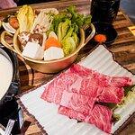 日本A4黑毛和牛野菜豆腐盤(200G)($298)