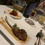Lamb chops and scallops with a perfectly paired red wine