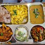 תמונה של טאלי הודית צמחונית