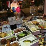 صورة فوتوغرافية لـ Mezze Restaurant