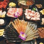 小蒙牛頂級麻辣養生鍋 - 新莊店照片