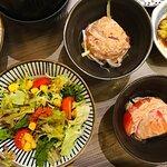 前菜(沙律, 芝麻醬蕃茄)
