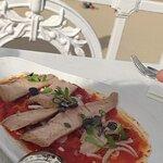 Ensalada de tomate y ventresca de atún