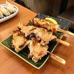 燒雞翼2串及燒雞軟骨2串