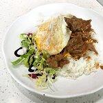 秘製沙嗲牛肉拌滑蛋飯 $58 + 煎蛋 $6 + 牛油奶多 $10