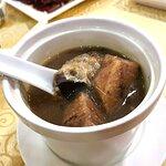 粉葛煲鯪魚湯