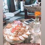 Foto van Hellocapitano Lifestyle Cafe