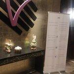 صورة فوتوغرافية لـ V Lounge & Restaurant