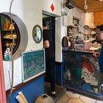窄門咖啡照片