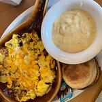 Panhandle scramble with gouda grits and English muffin.