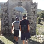 Entrance in the mysterioys vilage- P. Perithia - Corfu (GEO-bicycling & more, outdoor activities