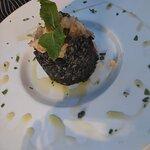 Risotto al nero di seppia con gamberi in purezza
