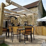 Outside Bar at The Exeter Arms in Barrowden (24/Apr/21).