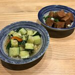 加配手拍小黃瓜,滷水豆腐 $15
