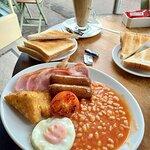 Big Feeling Peckish Breakfast in Newark-on-Trent (27/Jun/21).