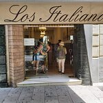Los italianos.