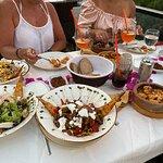Merlot Food & Drink resmi