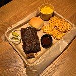 صورة فوتوغرافية لـ Dickey's Barbecue Pit