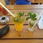 Durstlöscher Mango-Minze und Cocktail Moskito