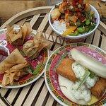 Vegan Bottomless brunch - (from left) tofu wontons, garlic notchickin, VishFiletOBao, July 2021