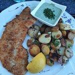Das Frankfurter Schnitzel - ein bissel mehr von der grünen Soße wäre schön gewesen. Die war so l