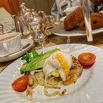 صورة فوتوغرافية لـ Bettys Cafe Tea Rooms - York