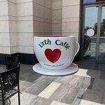 صورة فوتوغرافية لـ Urth Caffe