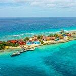 De Palm Island own Transportation