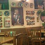 Billede af Elysee Taverna