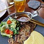 Foto Kemboja Canteen & Coffee