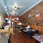 Foto Downtown Pizza Pub