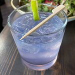 gin and tonic with violet syrup