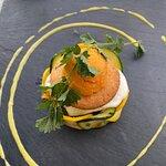 Ratatouille, gepocheerd ei, koekje en paprika ijs (voorgerecht)