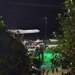 Sahil Restaurant Sahil kısmı