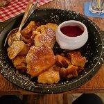 Käserschmarn mit Erdbeersoße
