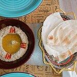 صورة فوتوغرافية لـ Hommus Snack Libanese