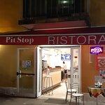 Pit stop Foto