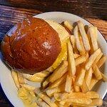 Фотография Epic Cheeseburger Cafe