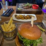 Argentinian steak and Classic Burger <3