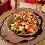 Adonin Cafe & Restaurant resmi