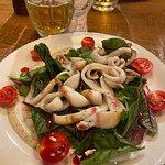 салат с кальмарами (5 баллов)